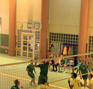 20141005 VOLLEY ROB 0003 Dx O